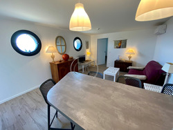 T2 luxury apartment - 800 m from the beach of ST CLAIR