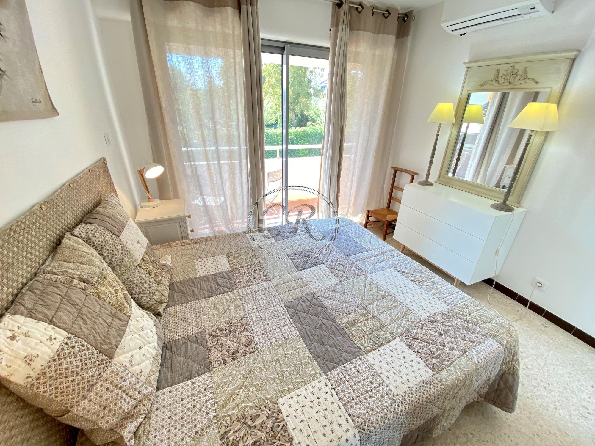 Appartement T2 - 200 m de la plage du Lavandou