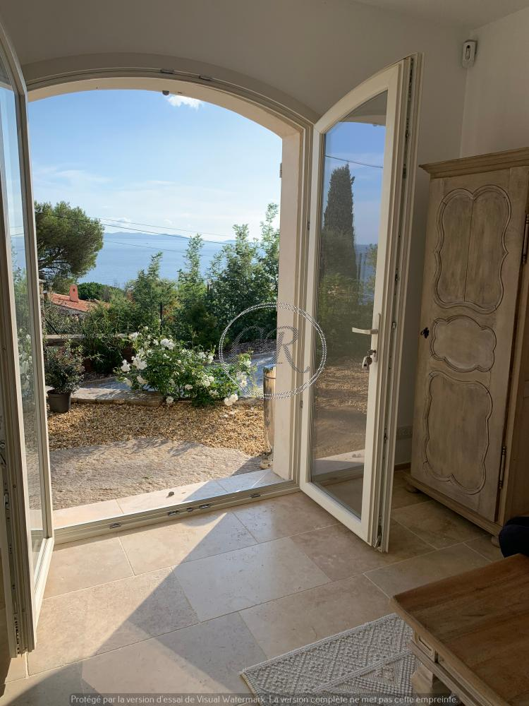 Small T2 house with sea view - Aiguebelle Le Lavandou