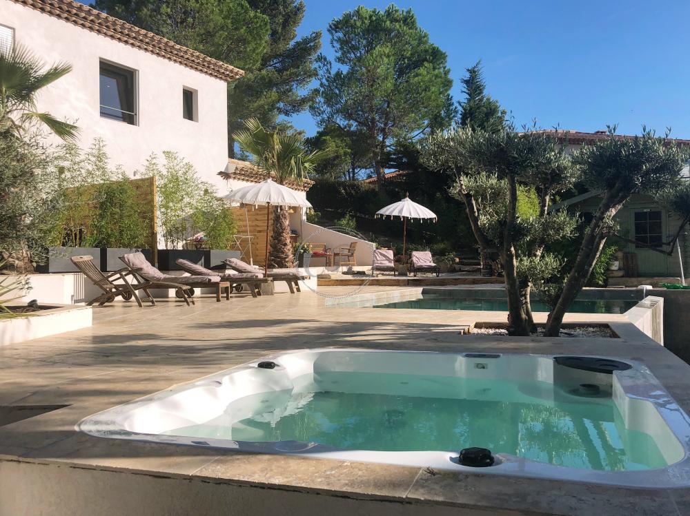 Luxury studio - Swimming pool and jacuzzi