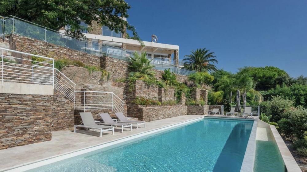 Villa vue mer panoramique avec piscine et jacuzzi